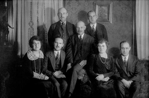 Wyner Family Portrait, 1925